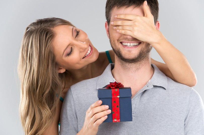What to Gift Your Boyfriend on his Birthday?