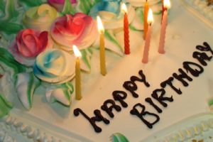 How to plan a birthday surprise for your boyfriend?